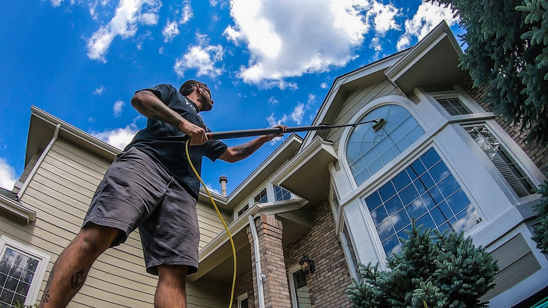 How to find reliable window cleaning services?