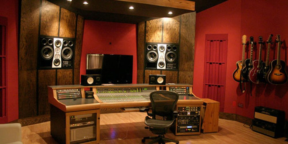 Reasons why you should start your own home music studio